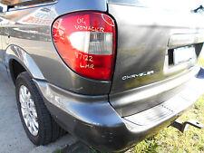 2004 Chrysler Voyager LH Tail Light S/N# V7122 BK8865