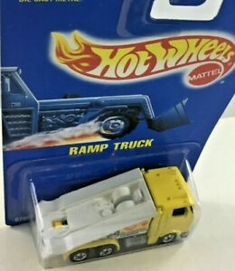 Hot Wheels Ramp Truck 24 Hr. Emergency Towing No. 187 Vintage 1991 New Lot Of 2