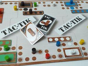 Jeu de société Tac-Tik avec plateau modulable 2 à 6 joueurs pions en bois (Tock)