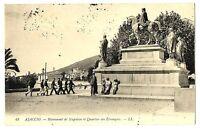 CPA Corse Ajaccio Monument de Napoléon et Quartier des Etrangers animé