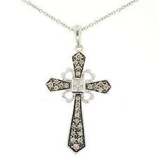 14k ORO BLANCO .70ctw Fantasía Marrón Diamantes sobre negro colgante de cruz