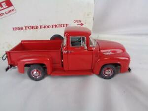 Danbury Mint 1/24 Diecast - 1956 Red Ford F-100 Pickup w/ Packaging