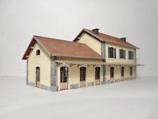 Maquette Train électrique - Gare PLM Ho - BOIS MODELISME