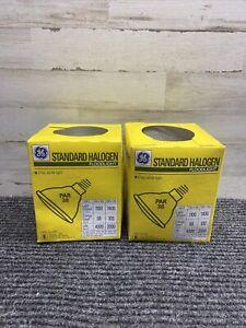 Lot of 2 GE Standard Halogen Lighting GE 17947 100PAR/H/FL 100 Watt 130 Volt