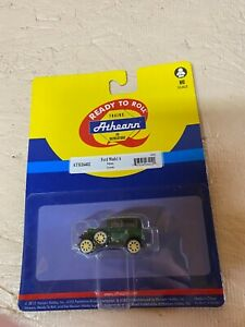 HO Scale Athearn Ford Model A- Green vehicle