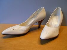 Nos Vintage 1960s Naturalizer White Pumps Shoes Rockabilly Mod Retro High Heel 8