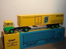 Daf 2600 met Eurotrailer Arthur Pierre Movers - Lion Car 36 - 1:50 in Box *35009
