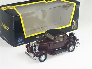 1932 FORD 3-Window Coupe Burgundy metallic - 1/43 - Yat Ming