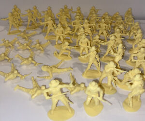 Vintage Lot of 59 Airfix 7th Cavalry Plastic Toy Soldiers  figures  Cream