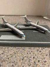 DW 400 scale diecast model United B 727-1/ 2 Commercial airliner N7073U/ N7638U