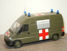 Fiat Ducato Maxi Ambulance - Giocher 1:43 *35574