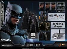 Batman Tactical Batsuit Ver 1/6 Scale Figure SpEd MMS432 Hot Toys (NEW)