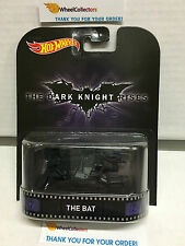 The Bat * Dark Knight Rises * Hot Wheels 2015 Retro Case K * Z17