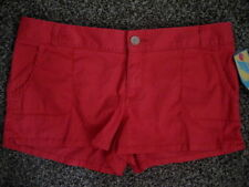 HANG TEN JUNIORS SHORT SIZE15 HIBISCUS NEW WITH TAG $32