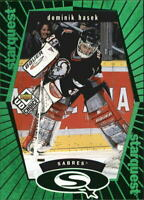 1998-99 UD Choice StarQuest Green #SQ4 Dominik Hasek - NM-MT