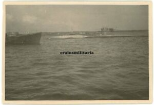 Orig. Foto U-Boot U-620 Schiff vor NANTES Frankreich 1942