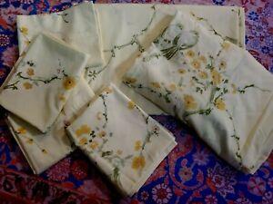 Vintage SPRINGMAID Bedsheet FULL Sheet Set 4 cases  Birds Yellow Floral