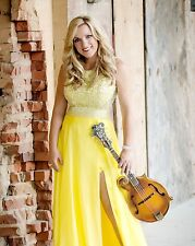Rhonda Vincent 8 x 10 / 8x10 GLOSSY Photo Picture