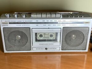 VTG GE General Electric Stereo Music System AM/FM Stereo Cassette Recorder