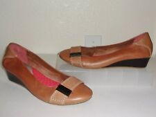 Hush Puppies Tan Light Brown Leather Low Wedge Shoes Size 9.5 1/2 Slip On Loafer