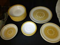 Vintage Royal China USA  Ironstone Casablanca Dinner Plate