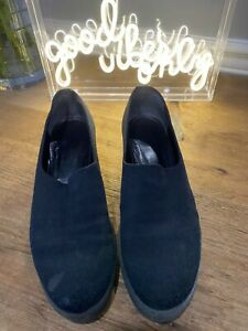 Robert Clergerie Black Slip On Classic Shoes Size 7.5