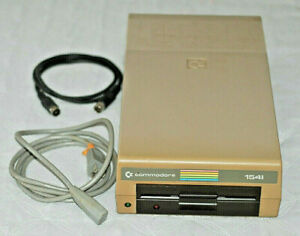 Commodore 64 & VIC-20 Floppy Disk Drive VIC-1541