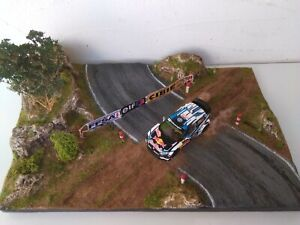 Diorama Rallye Au 1/43 Byron*james