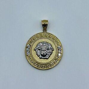 10k Yellow/white Gold Versace / Medusa Pendant!! NEW Item!! Stunning!!