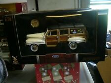 1:18 Scale Road Signature 1948 Ford Woody Real Wood Panel Die Cast Car w/Coin