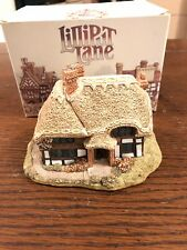Lilliput Lane Sculpture - Swift Hollow. Mint Condition. Free Shipping!