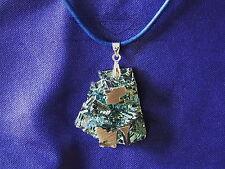 Blaue Lederkette mit Anhänger, Bismut, Hopperkristall, Wismut Kristall, neu