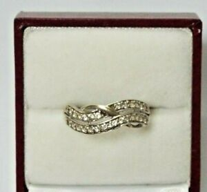 9ct White Gold  Crossover Ring - UK Size P 1/2 - Hallmarked