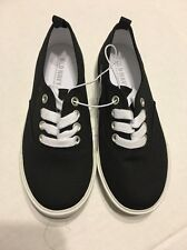 Old Navy Boys Shoes Size 13 Black Canvas