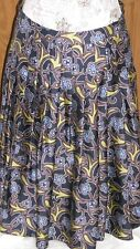 SAKS FIFTH AVENUE Size 4 Floral Full Pleated Silk Lined Skirt