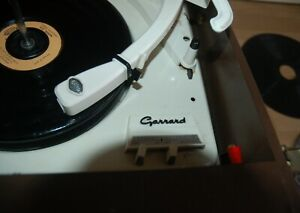 BUSH SRP31 Portable Record Player Garrard model 210 with instructions WORKING