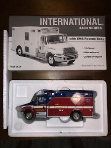 First Gear Collectible International EMS Rescue Truck 1:34 Scale