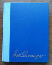 Arnold Schwarzenegger signed Bodybuilding for men book