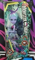 Mattel FCV53 Monster High Twyla Doll Garden Monster Girlfriend with Wings BNIB