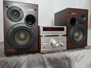 Technics Mini Stereo SE HD501 Amp, ST HD501 Tuner and 2 Way Speakers