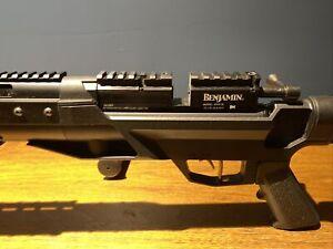 Benjamin Armada Bolt-Action Pneumatic Air Rifle, .25 Caliber, Gun Only - BTAP25