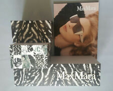 MAXMARA GRAY & WHITE THREE PIECE LOGO DISPLAY UNIT IN CARDBOARD