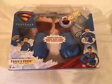 SUPERMAN RETURNS TOY PLAY SET PUNCH N CRUSH GLOVES & STEEL BAR DRESS UP