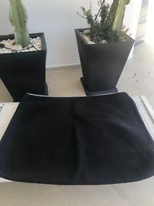 Deux Coussins de canapé Roche Bobois en véritable cuir Buffle Noir