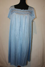 New listing Vintage Vanity Fair Xxl 2Xl Light Blue Nightgown Negligee Lace Floral Trim