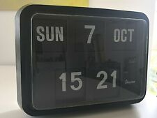 *RARE from 1989* - Grayson DT-17 Flip Calendar Clock (BLACK) - Fully working