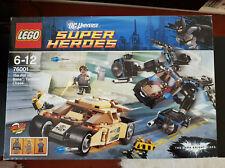 LEGO DC UNIVERSE 76001 THE BAT VS BANE TUMBLER CHASE - UNIQUE BANE COAT!!! RARE