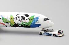 Sichuan A350-900 Reg:B-301D With Aircraft tug truck Scale 1:400 KD4101