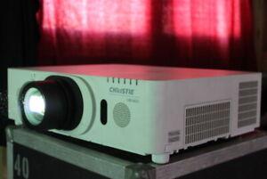Christie LWU421+ML703 LCD Beamer Projector 1,6 -3, 2:1 Wuxga (hitachi