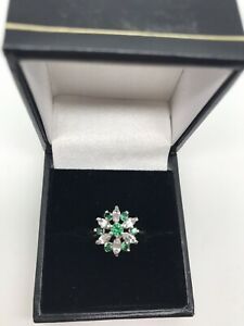 9ct Yellow Gold Green and White Cubic Zirconia Ring Size M 1/2